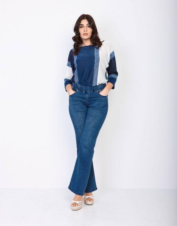 Jeans flare elasticizzato